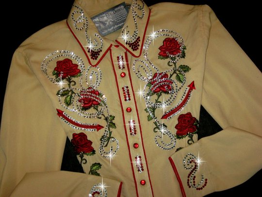 Soft Butterscotch and Red Roses! So Flattering! Panhandle Slim! Bling Galore!